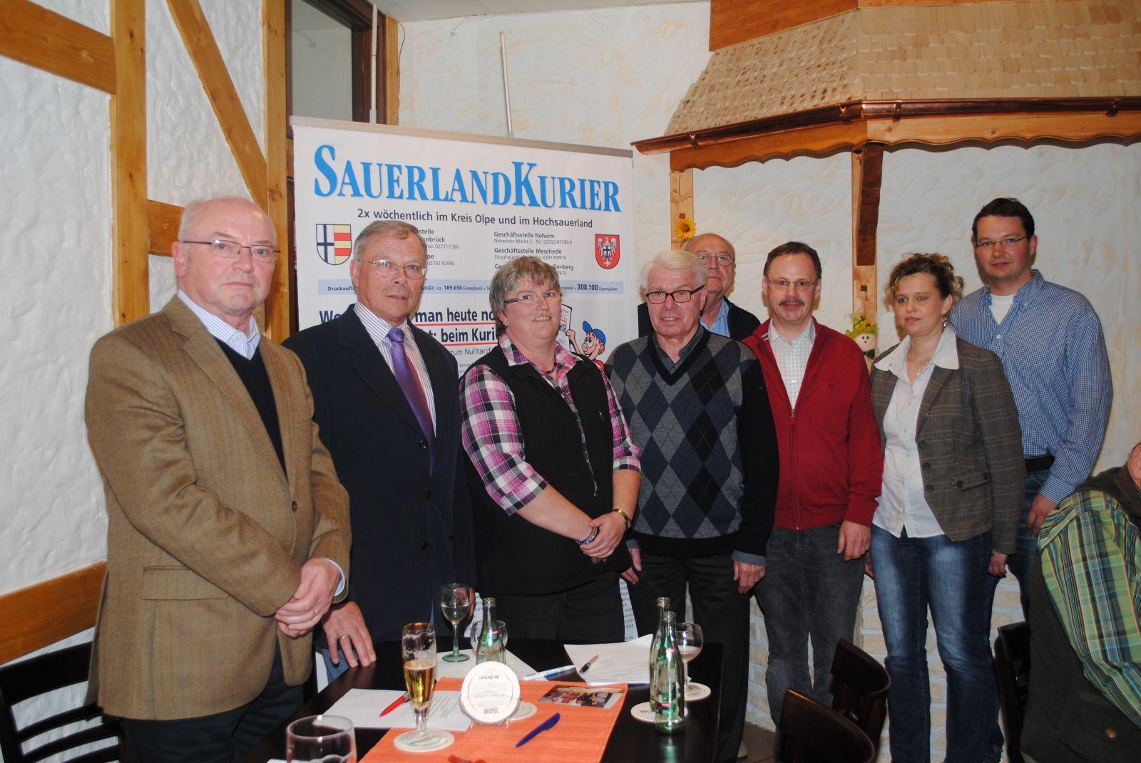 Vorstandsmitglieder: Mitgliederversammlung 5.3.2005